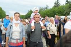 easter_procession_ukraine_pochaev_sr_0752