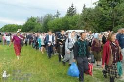 easter_procession_ukraine_pochaev_sr_0760