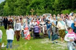 easter_procession_ukraine_pochaev_sr_0801