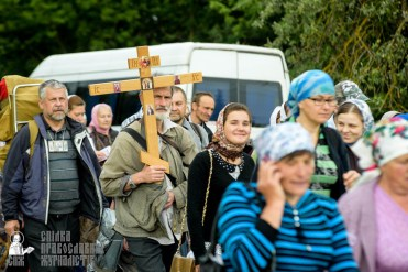 easter_procession_ukraine_pochaev_sr_0803