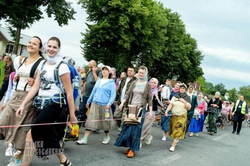 easter_procession_ukraine_pochaev_sr_0842