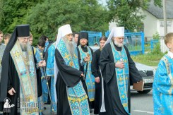 easter_procession_ukraine_pochaev_sr_0909