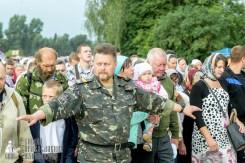 easter_procession_ukraine_pochaev_sr_0915