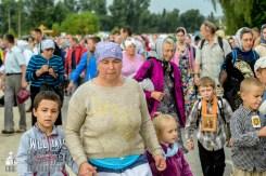 easter_procession_ukraine_pochaev_sr_0937