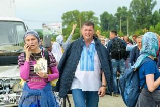 easter_procession_ukraine_pochaev_sr_0942