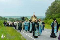 easter_procession_ukraine_pochaev_sr_0953