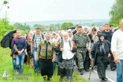 easter_procession_ukraine_pochaev_sr_0963