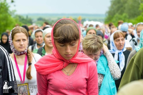 easter_procession_ukraine_pochaev_sr_0966