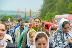 easter_procession_ukraine_pochaev_sr_0970