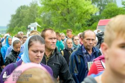 easter_procession_ukraine_pochaev_sr_0971
