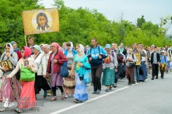 easter_procession_ukraine_pochaev_sr_0982