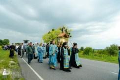 easter_procession_ukraine_pochaev_sr_1004