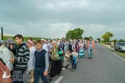 easter_procession_ukraine_pochaev_sr_1033