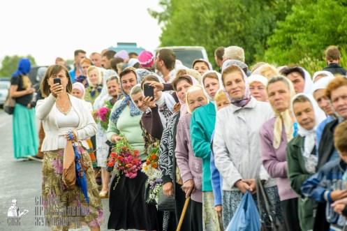 easter_procession_ukraine_pochaev_sr_1067