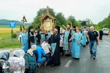 easter_procession_ukraine_pochaev_sr_1106