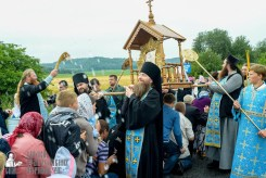 easter_procession_ukraine_pochaev_sr_1112