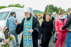 easter_procession_ukraine_pochaev_sr_1123