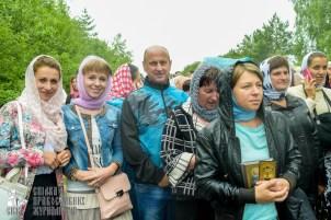 easter_procession_ukraine_pochaev_sr_1163