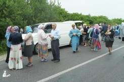 easter_procession_ukraine_pochaev_sr_1182