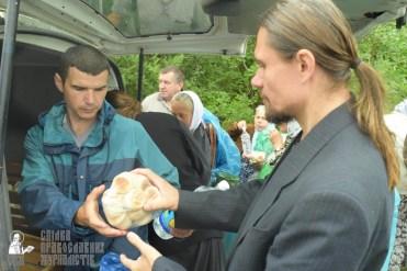 easter_procession_ukraine_pochaev_sr_1185