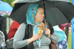 easter_procession_ukraine_pochaev_sr_1204