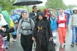 easter_procession_ukraine_pochaev_sr_1217