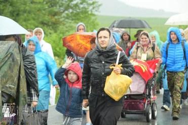 easter_procession_ukraine_pochaev_sr_1228