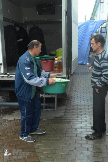 easter_procession_ukraine_pochaev_sr_1246