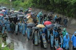 easter_procession_ukraine_pochaev_sr_1339