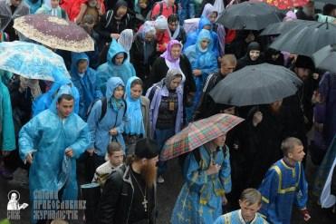 easter_procession_ukraine_pochaev_sr_1347