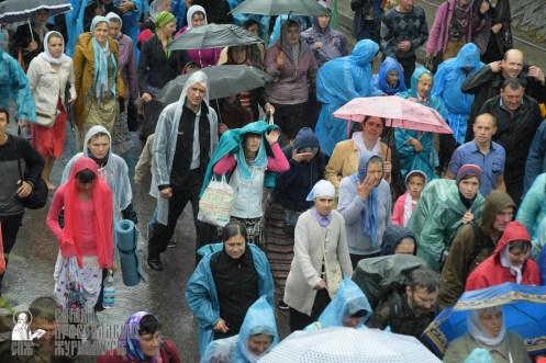 easter_procession_ukraine_pochaev_sr_1349