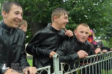 easter_procession_ukraine_pochaev_sr_1378