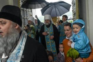 easter_procession_ukraine_pochaev_sr_1424