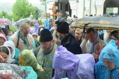easter_procession_ukraine_pochaev_sr_1439