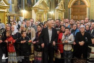 easter_procession_ukraine_pochaev_sr_1453