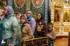 easter_procession_ukraine_pochaev_sr_1475