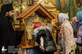 easter_procession_ukraine_pochaev_sr_1481