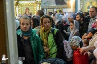 easter_procession_ukraine_pochaev_sr_1489