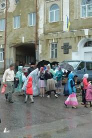 easter_procession_ukraine_pochaev_sr_1493