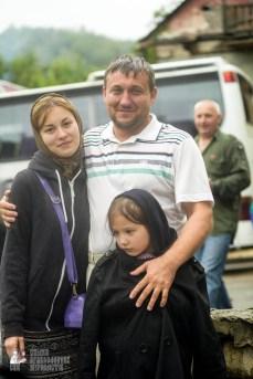easter_procession_ukraine_pochaev_sr_1497