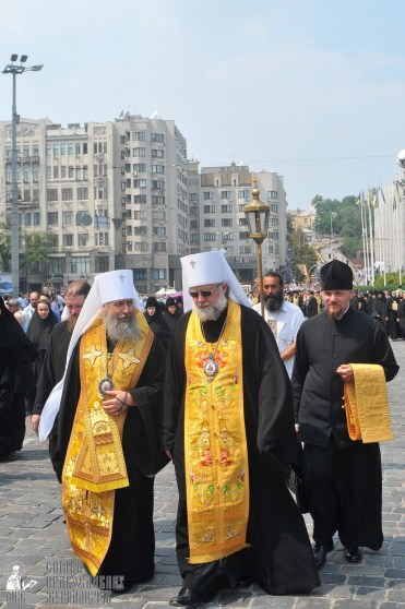 easter_procession_ukraine_an_0201