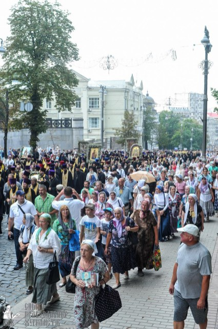 easter_procession_ukraine_an_0229