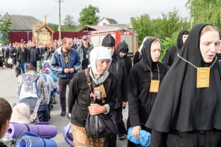 provocation-orthodox-procession_makarov_0110