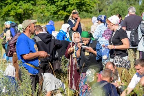 provocation-orthodox-procession_makarov_0326