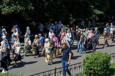 provocation-orthodox-procession_makarov_0567