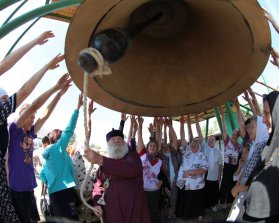 0325_Ukraine_Orthodox_Photo