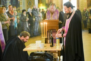 orthodoxy_chrism_iona_0055