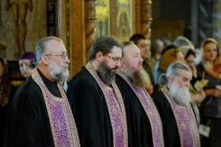 orthodoxy_chrism_iona_0078