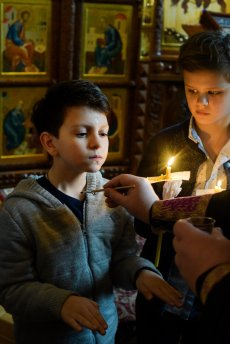 orthodoxy_chrism_iona_0153