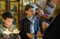 orthodoxy_chrism_iona_0154